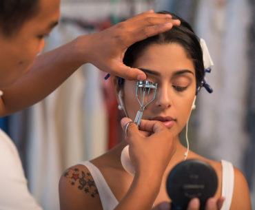 Wimpernzange richtig benutzen: So kommen Sie zum perfekten Augenaufschlag